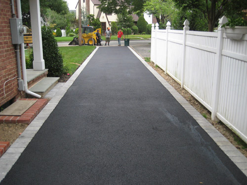 T Riccoboni Asphalt Paving Long Island Beautiful Brick and Blacktop Driveway Job 2
