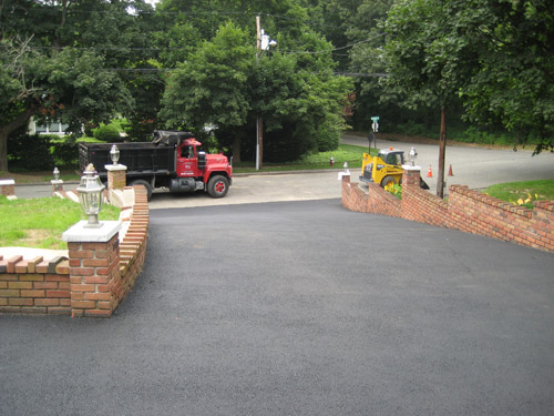 T Riccoboni Asphalt Paving Long Island High Incline Blacktop Driveway